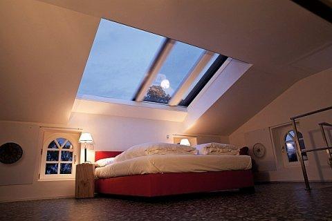Kreative Fensterlösungen bringen mehr Licht ins Haus.